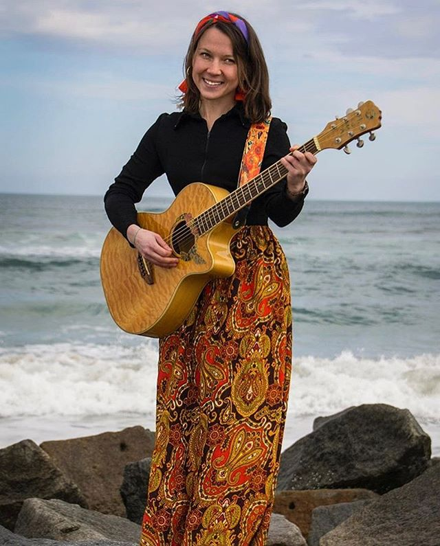 Join us tonight from 6-9 for the sounds of by Abby Vail at the Atlantica Bar!  @abbyvailmusic  #atlantica #atlanticabar #harborviews #summertime #summer #abbyvail #livemusic #music #performance #liveperformance #localmusic