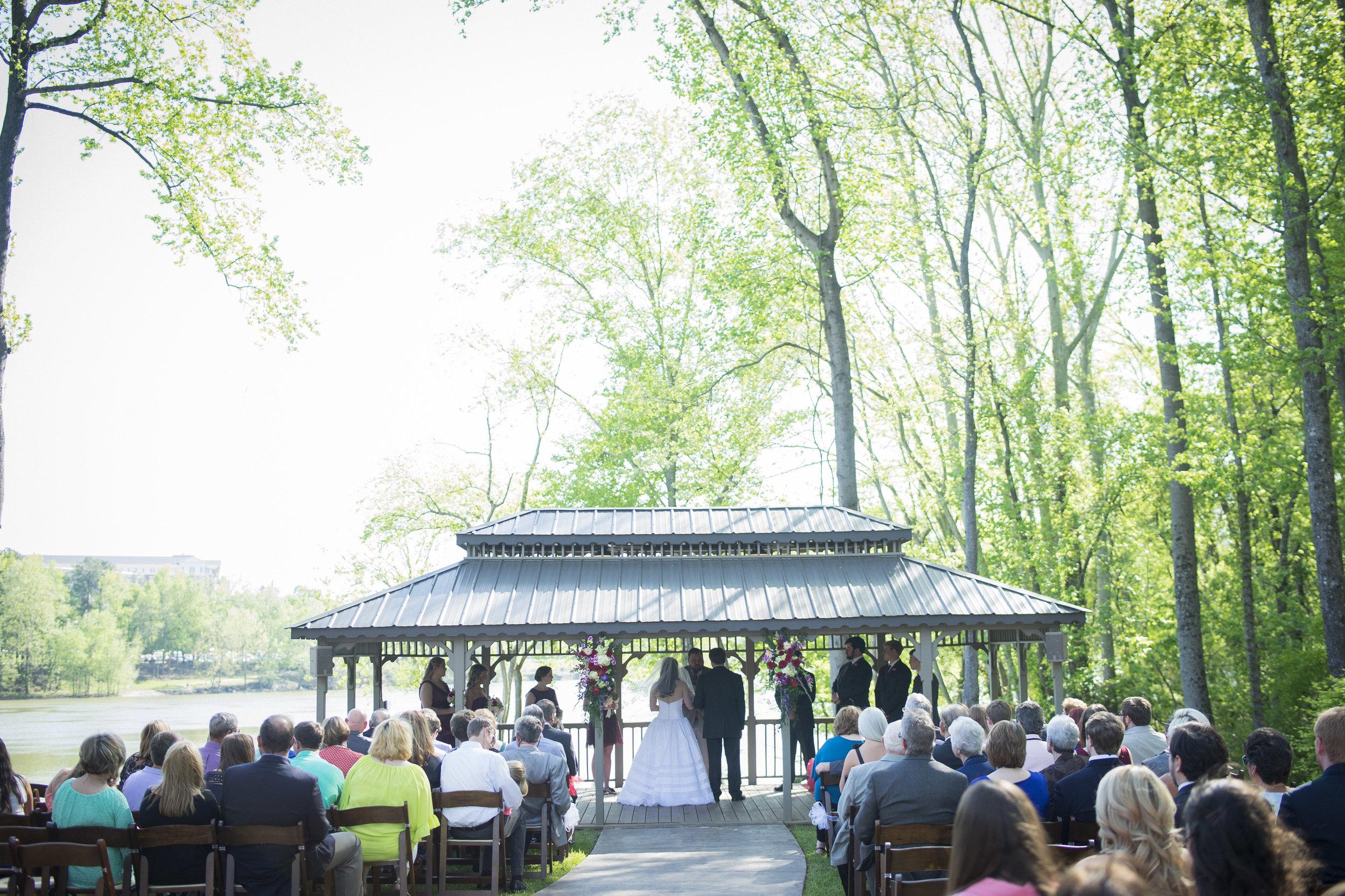 00 simple southern wedding.jpg