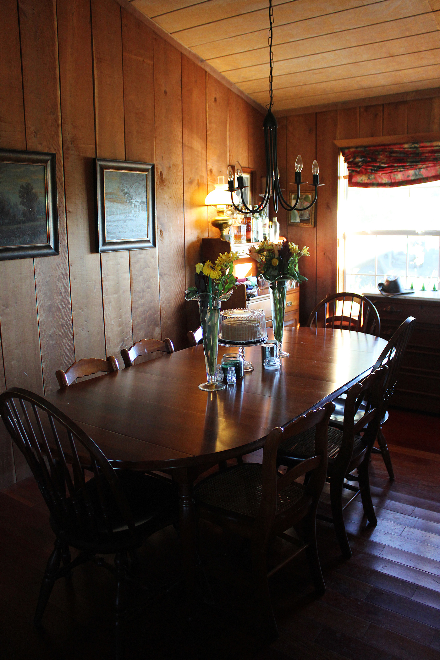 02 rustic farmhouse in the country.jpg