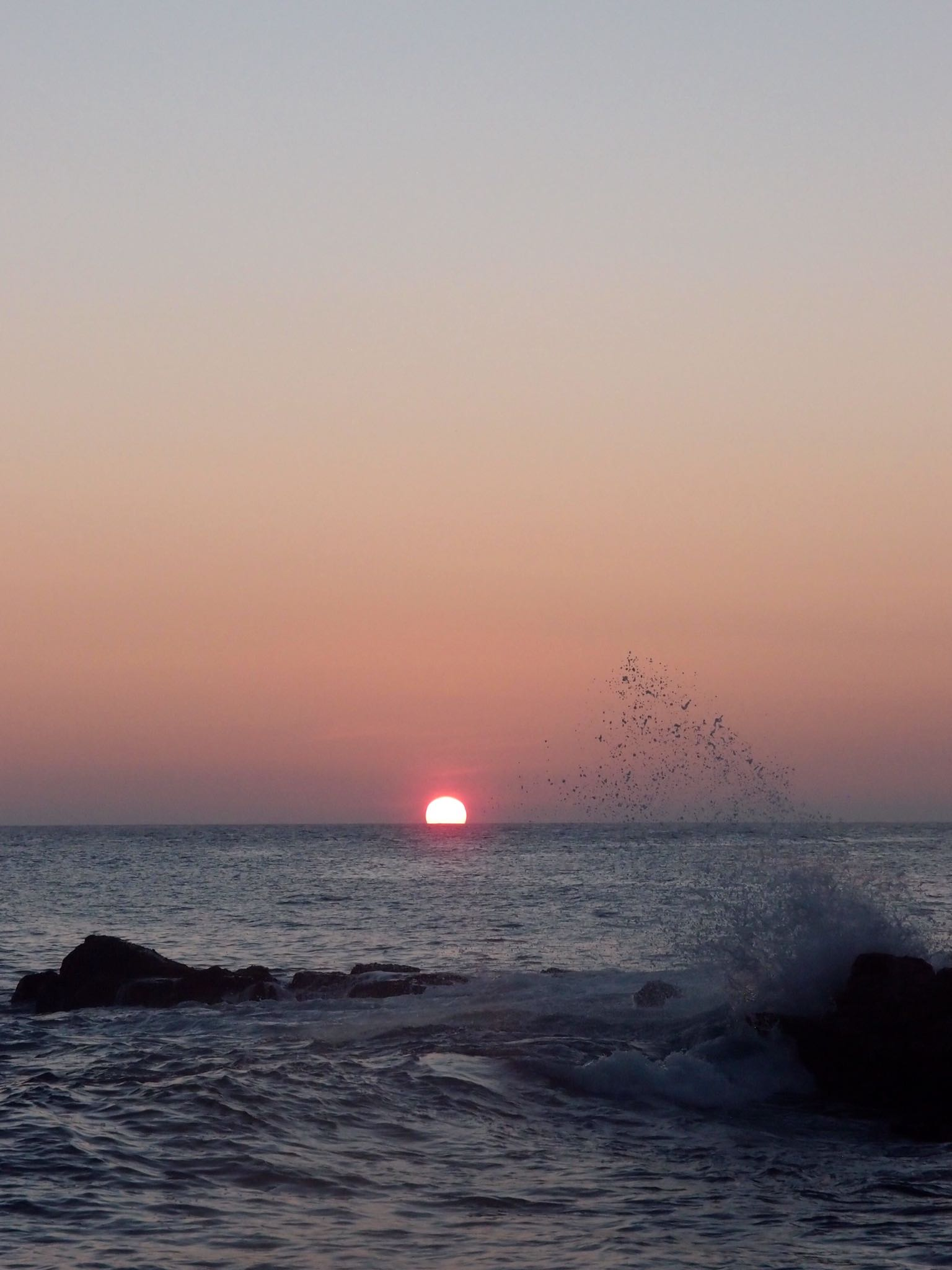 - Have a look at this sunset. What draws your eye?Now look at and focus on the sea spray or the pale blue sky at the top of the image and try and not look at the sun.Hard?