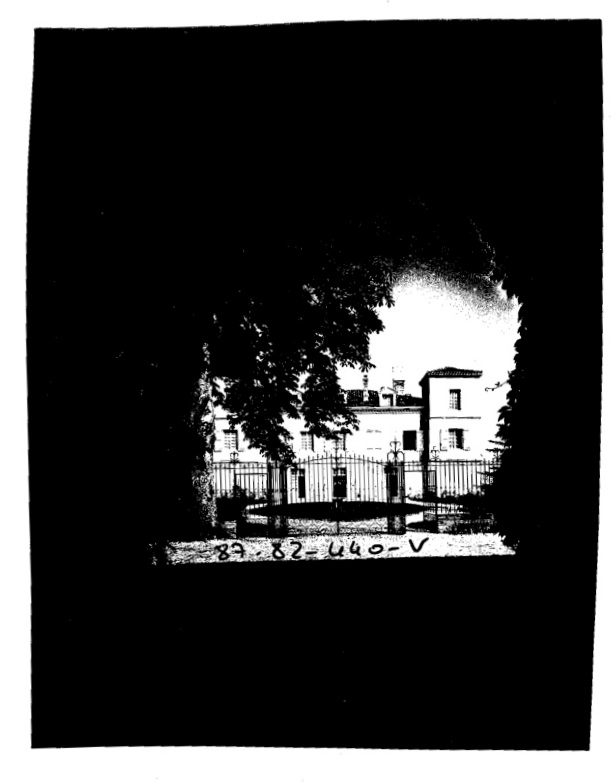BWchateau-front2.jpg