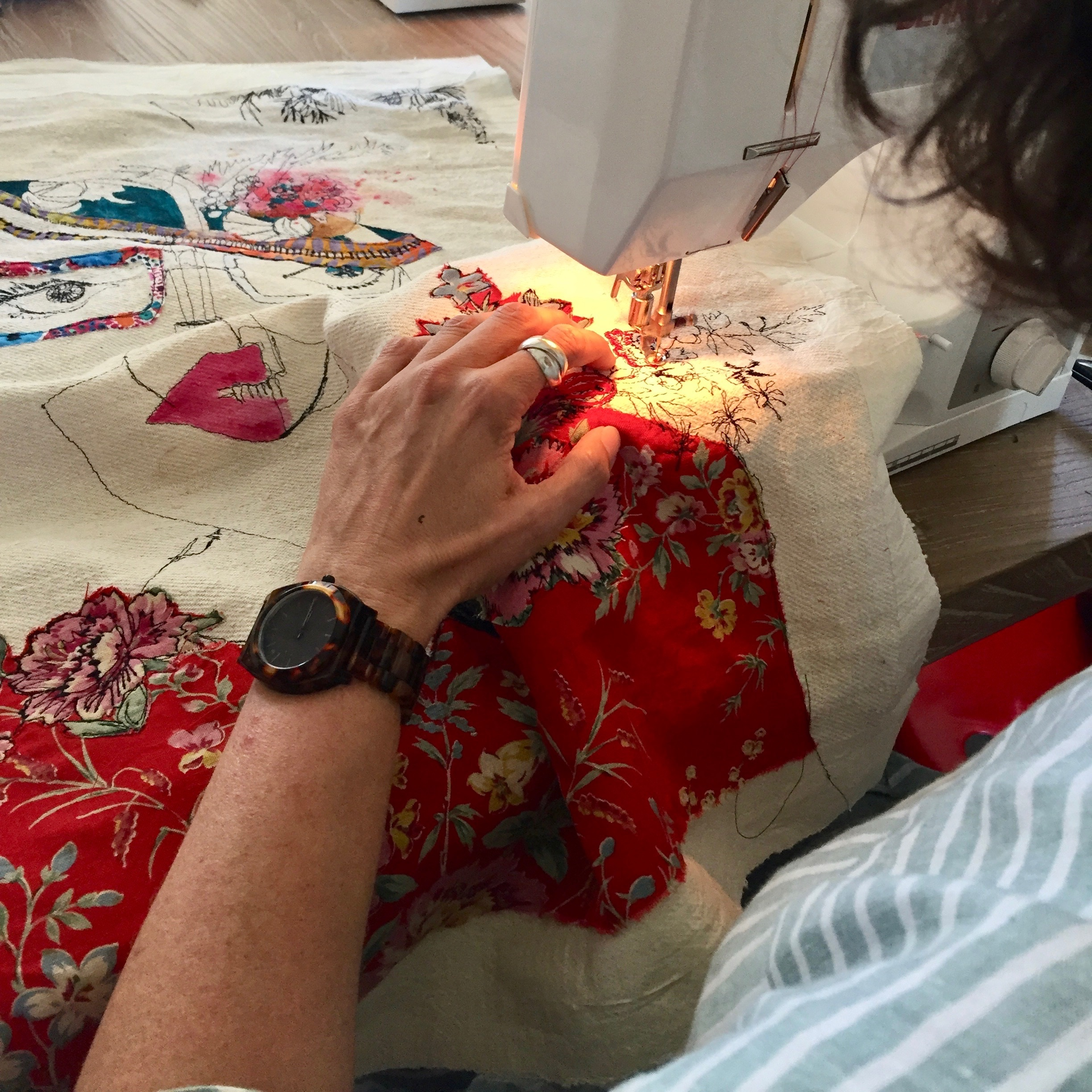 Contemporary Embroidered Portraits - with Lou Gardiner, August 2019