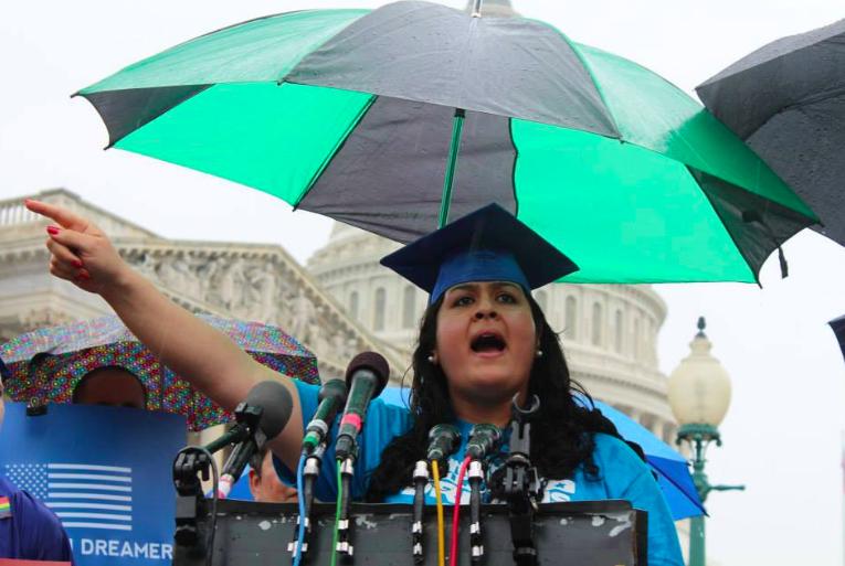 Peruana, rostro de los jóvenes indocumentados en EEUU