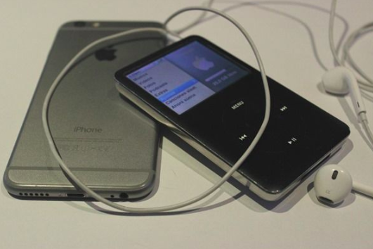 Why My iPod Classic is the One Gadget I Always Pack