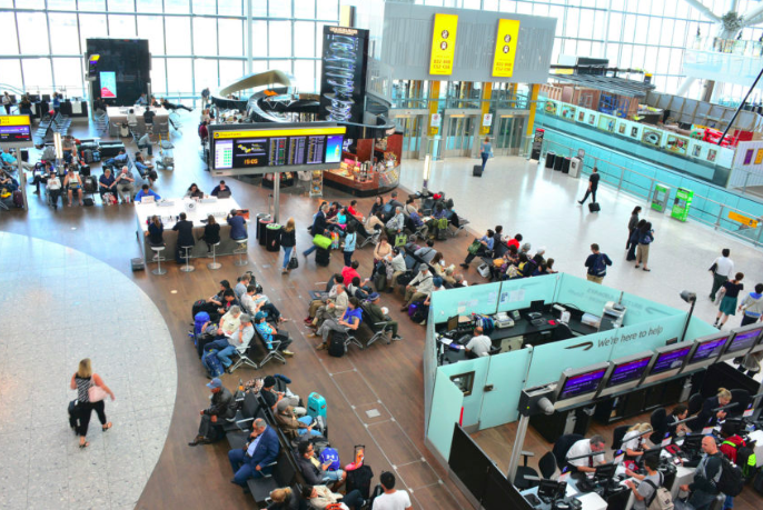How Smart Airports are Improving the Travel Experience