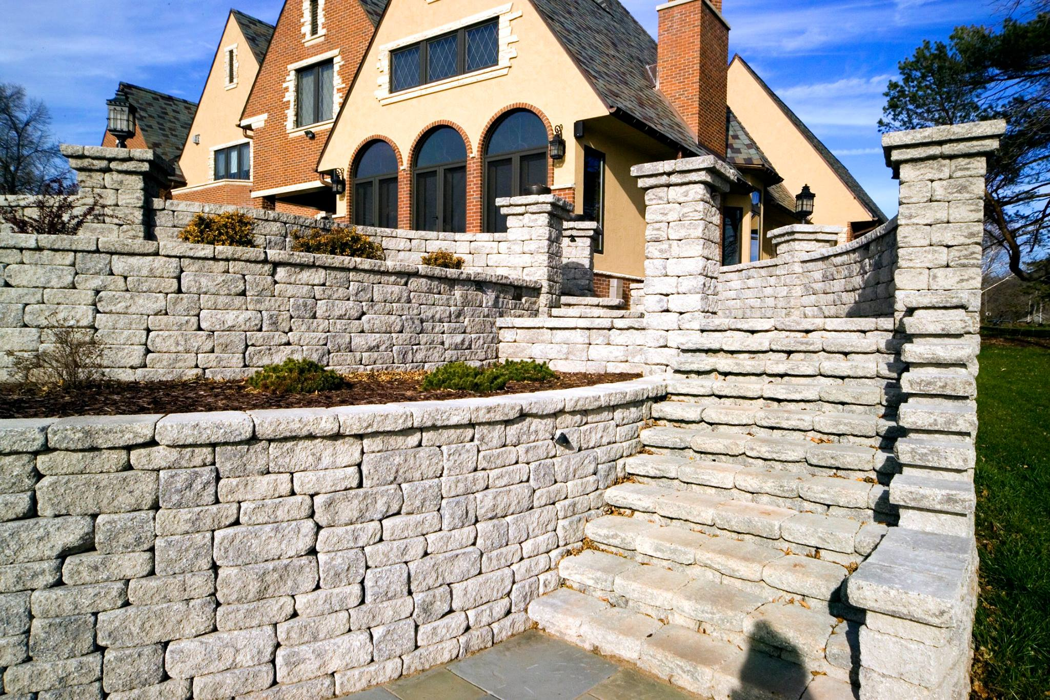 Vosters Landscaping | Brick | Hardscape | Outdoor Living | Patio | Paver Stairs