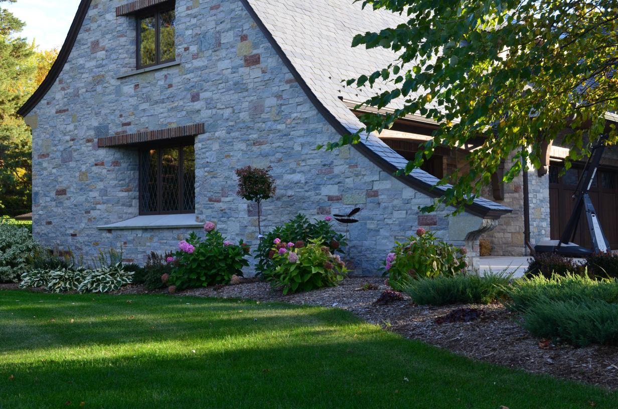Vosters Landscaping | Landscape design | Maintenance | Shrubs | Plants | Trees