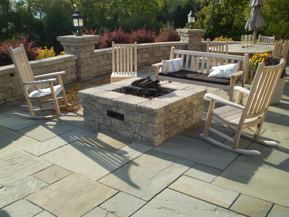 Vosters Landscaping | Firepit | Brick | Hardscape | Outdoor Living | Patio | Stone sitting wall