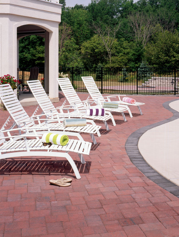 Vosters Landscaping | Pool deck | Brick  | Outdoor Living