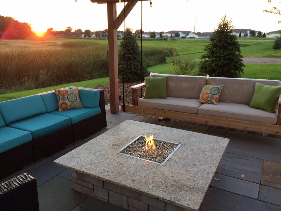 Vosters Landscaping | Landscape design | Ambiance | Outdoor Lighting | Outdoor Living | Patio | Brick | Firepit