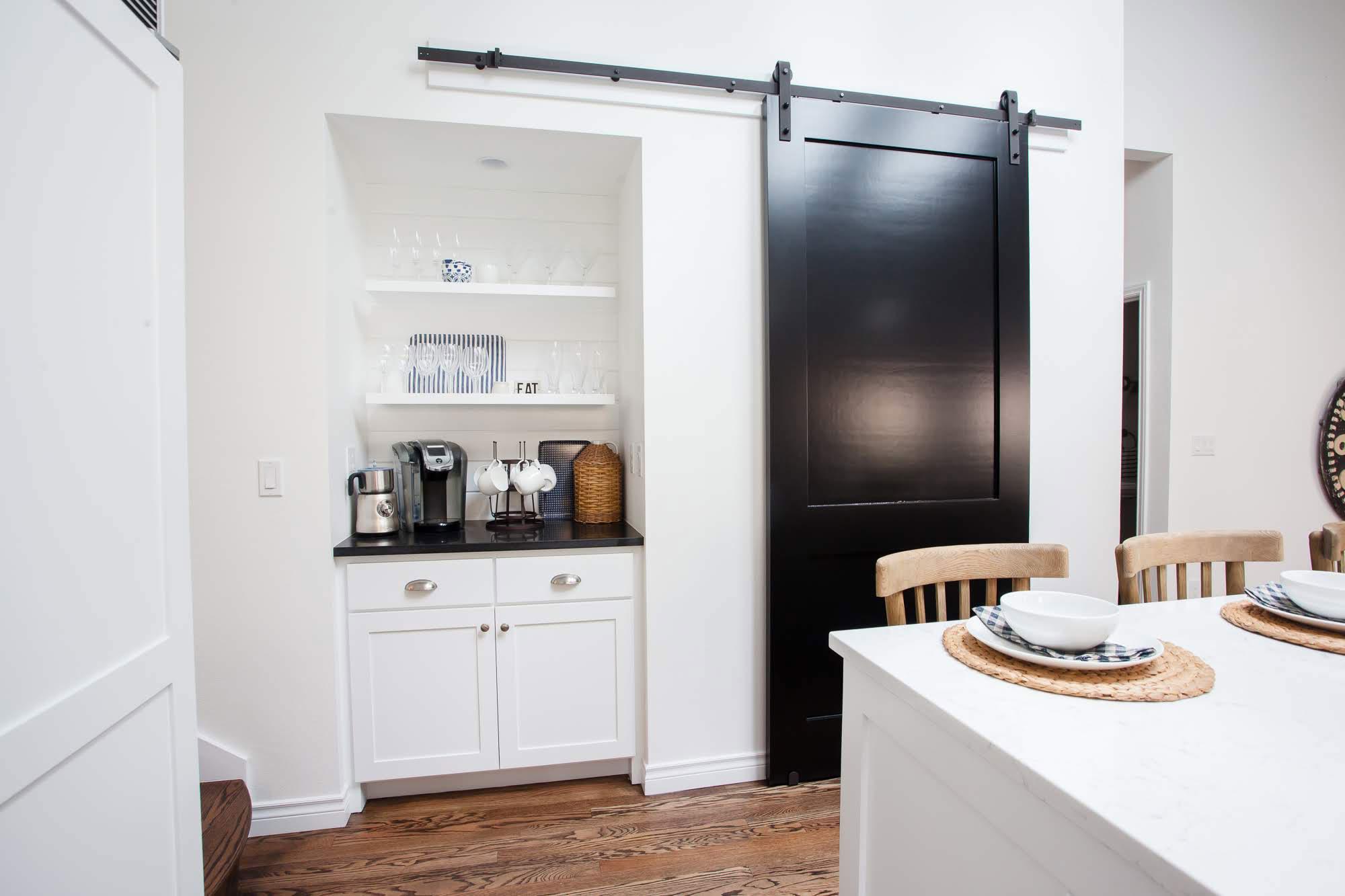 Stacey_Steward_Interior_Design_Kitchen_Portfolio_Barn_Door_2000x1333.jpg