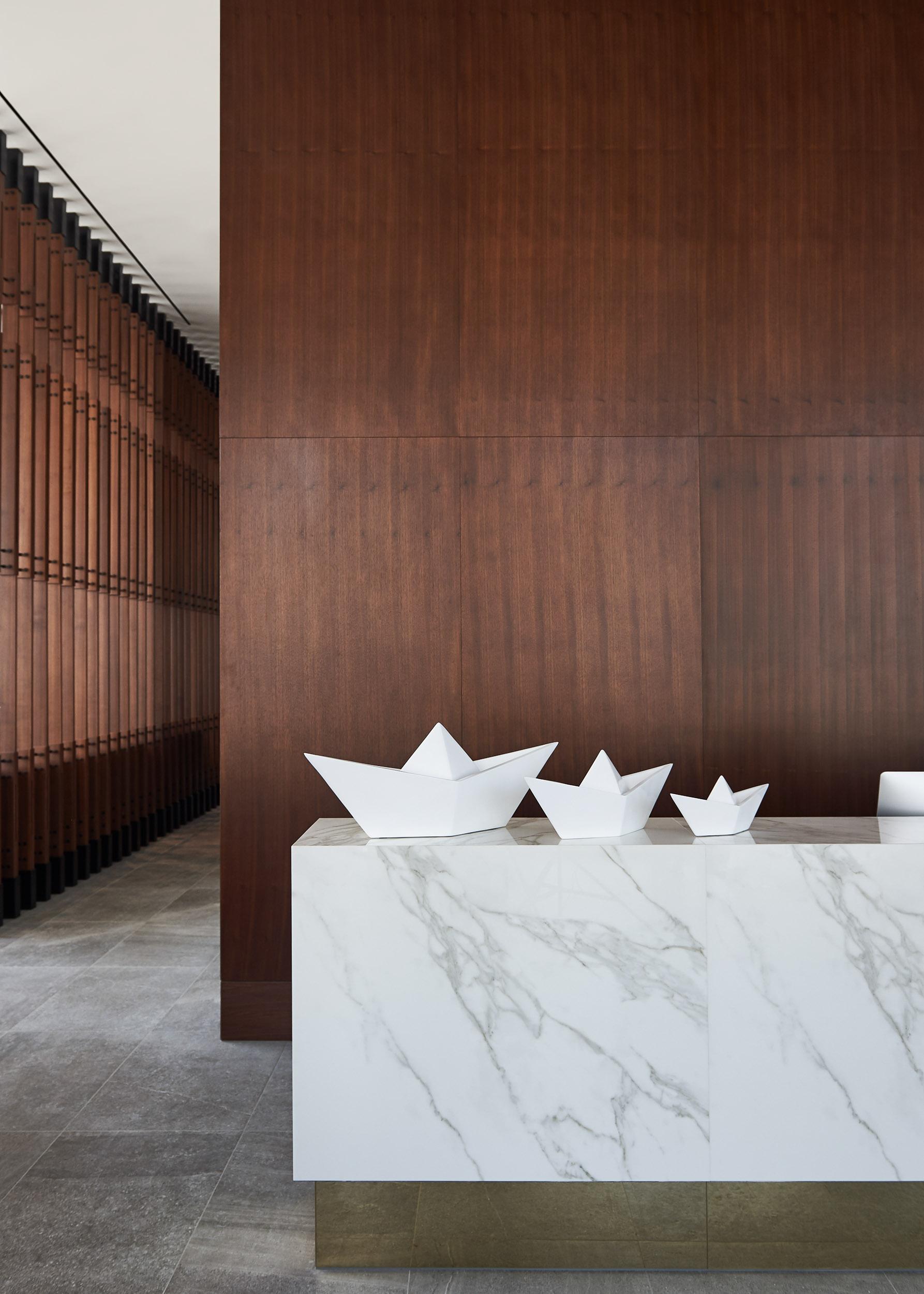 Form Hotel_Lobby 1.JPG