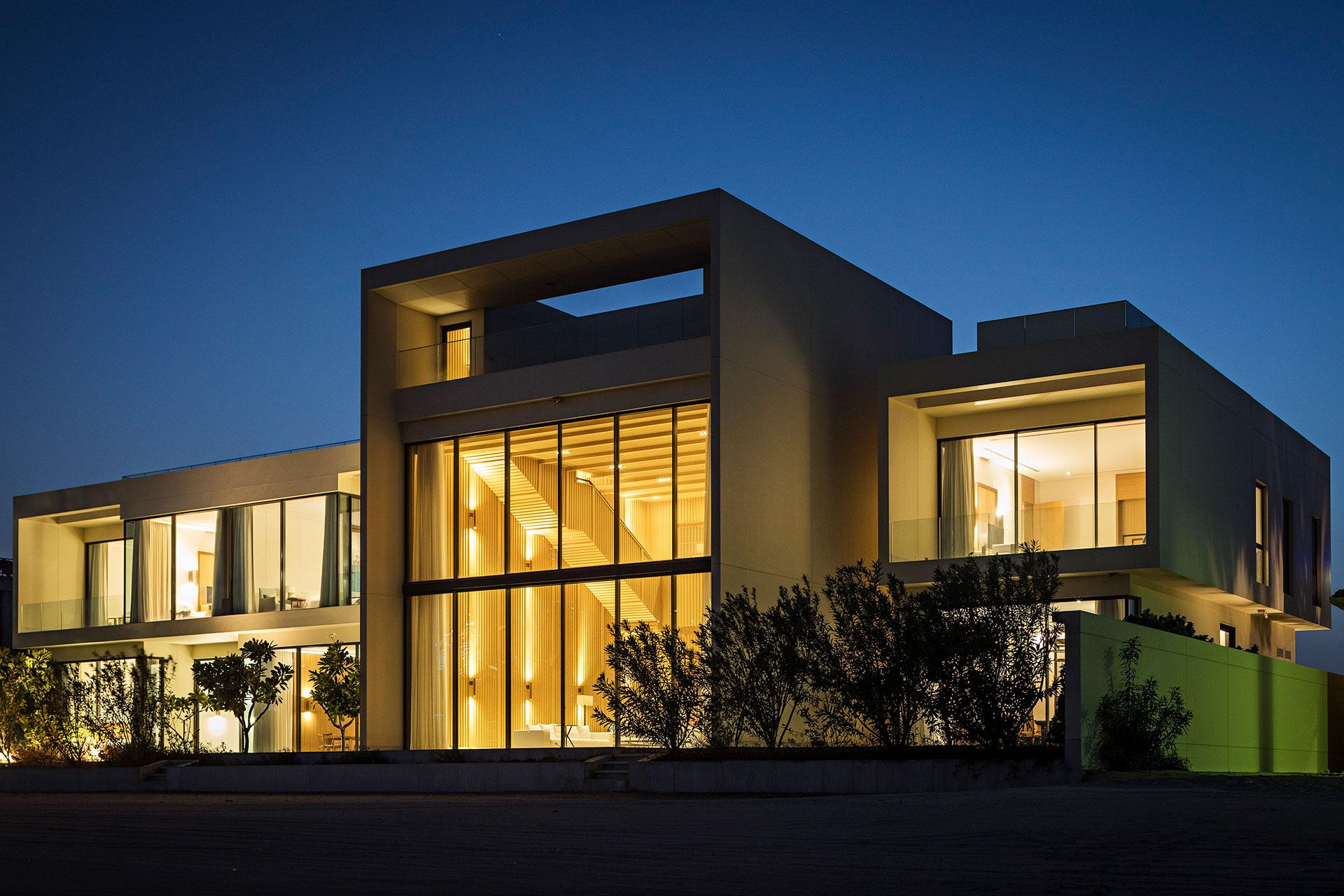DUB5-AMAR-SABEH-Architecture-Studio-Palm-villa-Dubai-2018-©Yann-Deret-8720.jpg