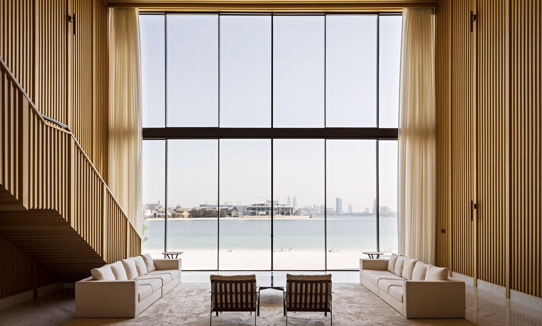 01-DUB5-AMAR-SABEH-Architecture-Studio-Palm-villa-Dubai-2018-©Yann-Deret-7910-e1559918602356.jpg