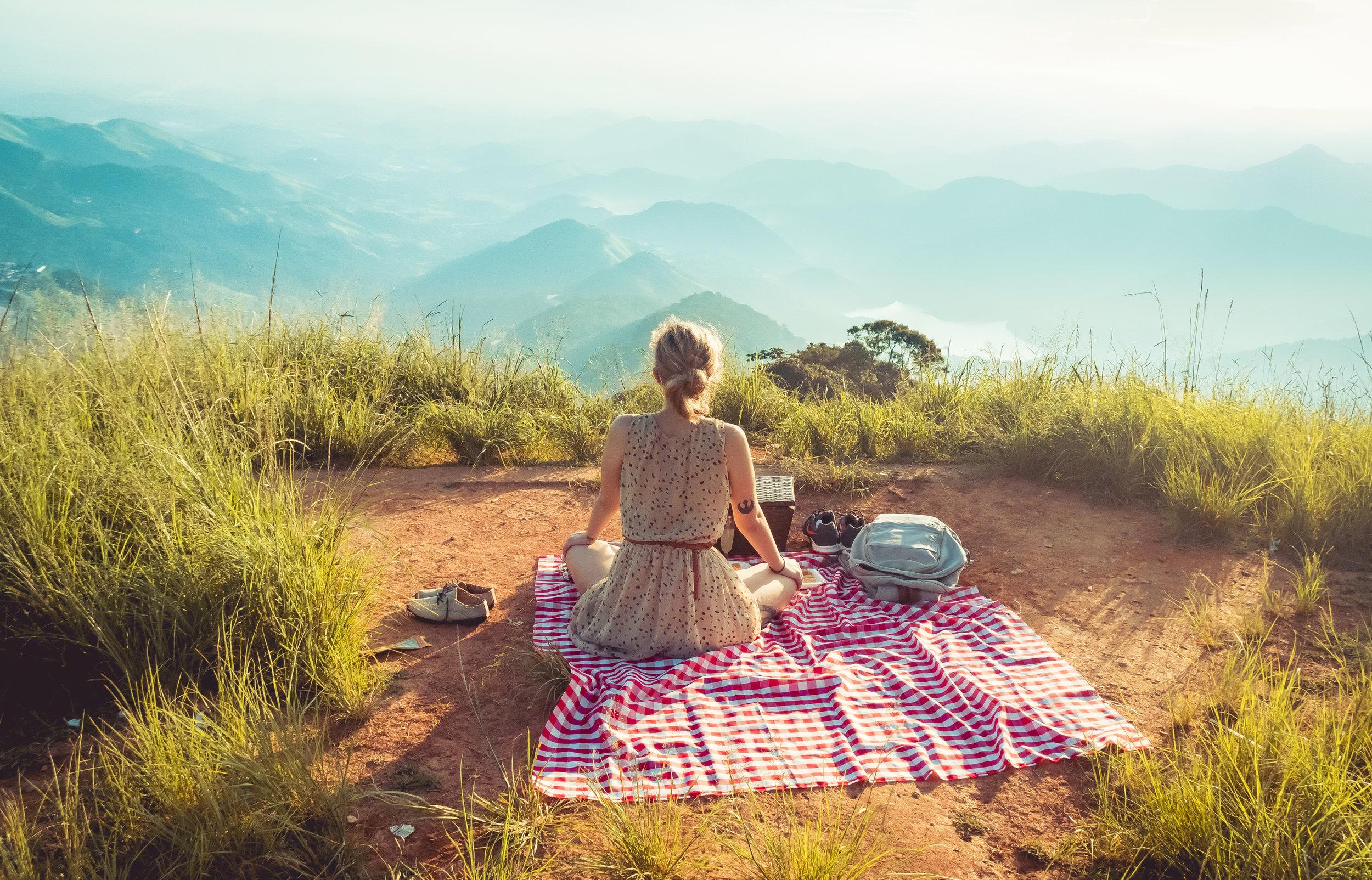 AUTÉNTICO PIC-NIC - En saberico te brindamos una experiencia única para tu PIC-NIC así disfrutas La Antigua Guatemala en cualquier lugar dónde puedas empezar a contar una nueva historia.
