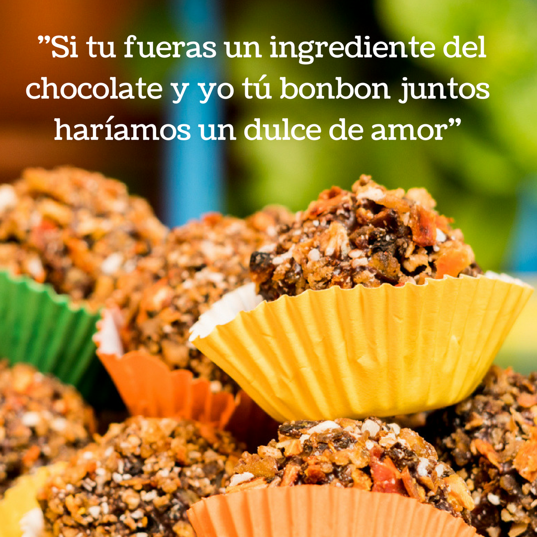 Trufa de chocolate cubierta con cacao de @cacaojunajpu - en nuestra chocolatería únicamente utilizamos sabores naturales, frutas deshidratadas de @purosolsnacks para brindar una experiencia única de cada trufa de chocolate, bombones de chocolate o barras de chocolate.
