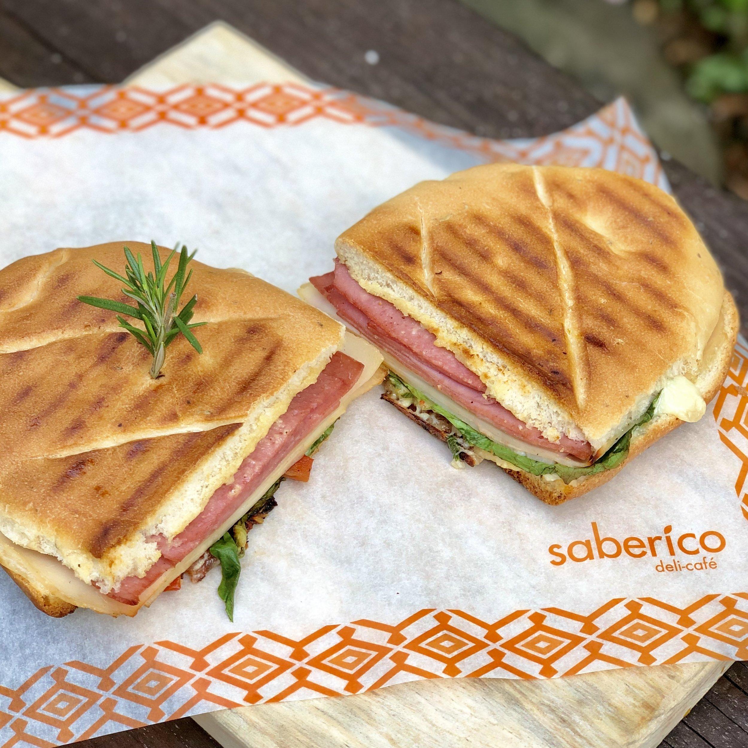 sandwich-3-jamones-saberico.jpg