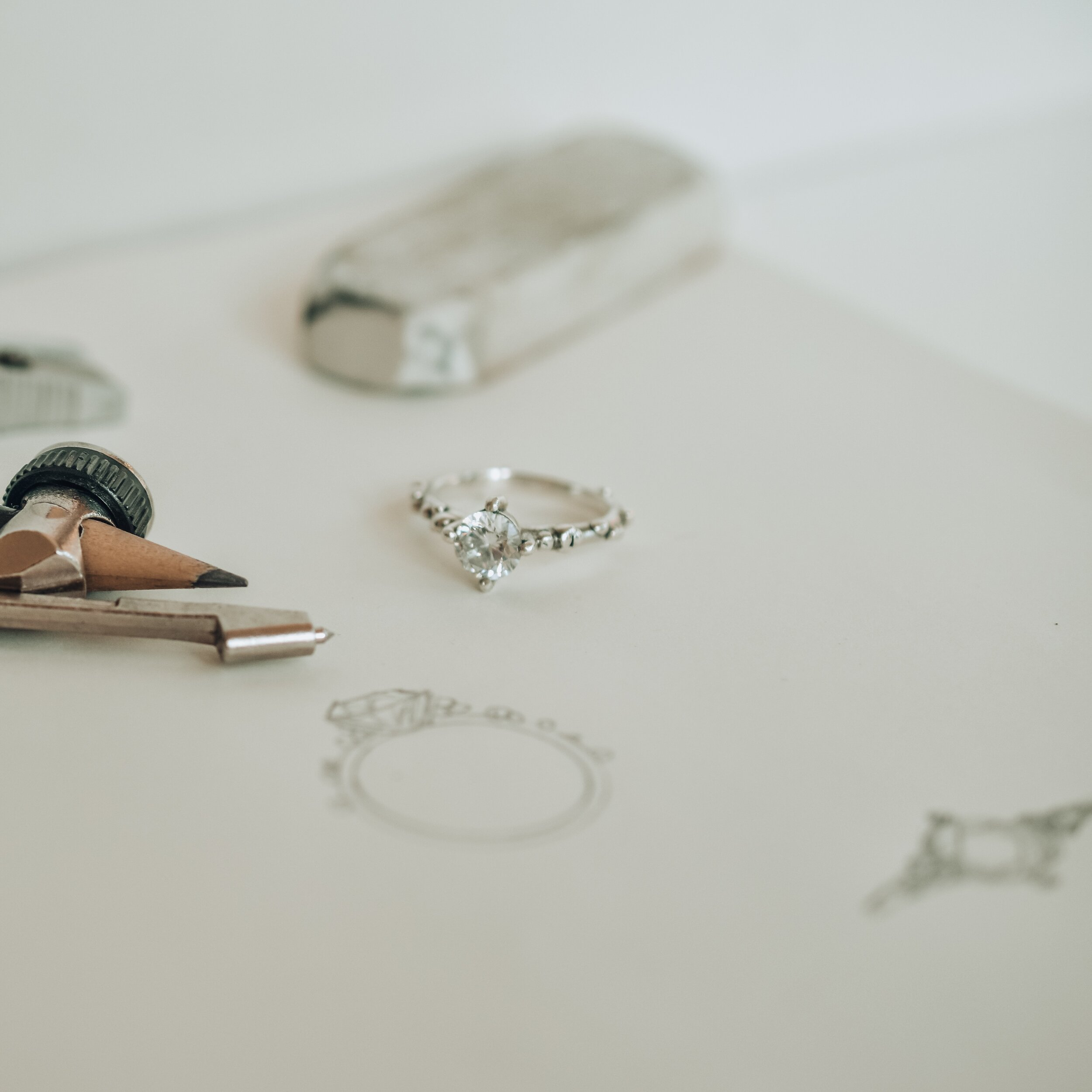 Alternative engagement ring with drawing made by Wimbledon based jewellery designer Militza Ortiz