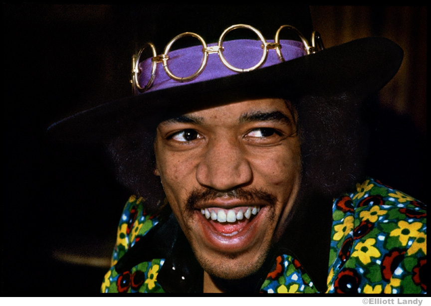 206-Jimi-Hendrix-Press-Conference-on-top-of-Pan-Am-building-NYC-1968.JPG