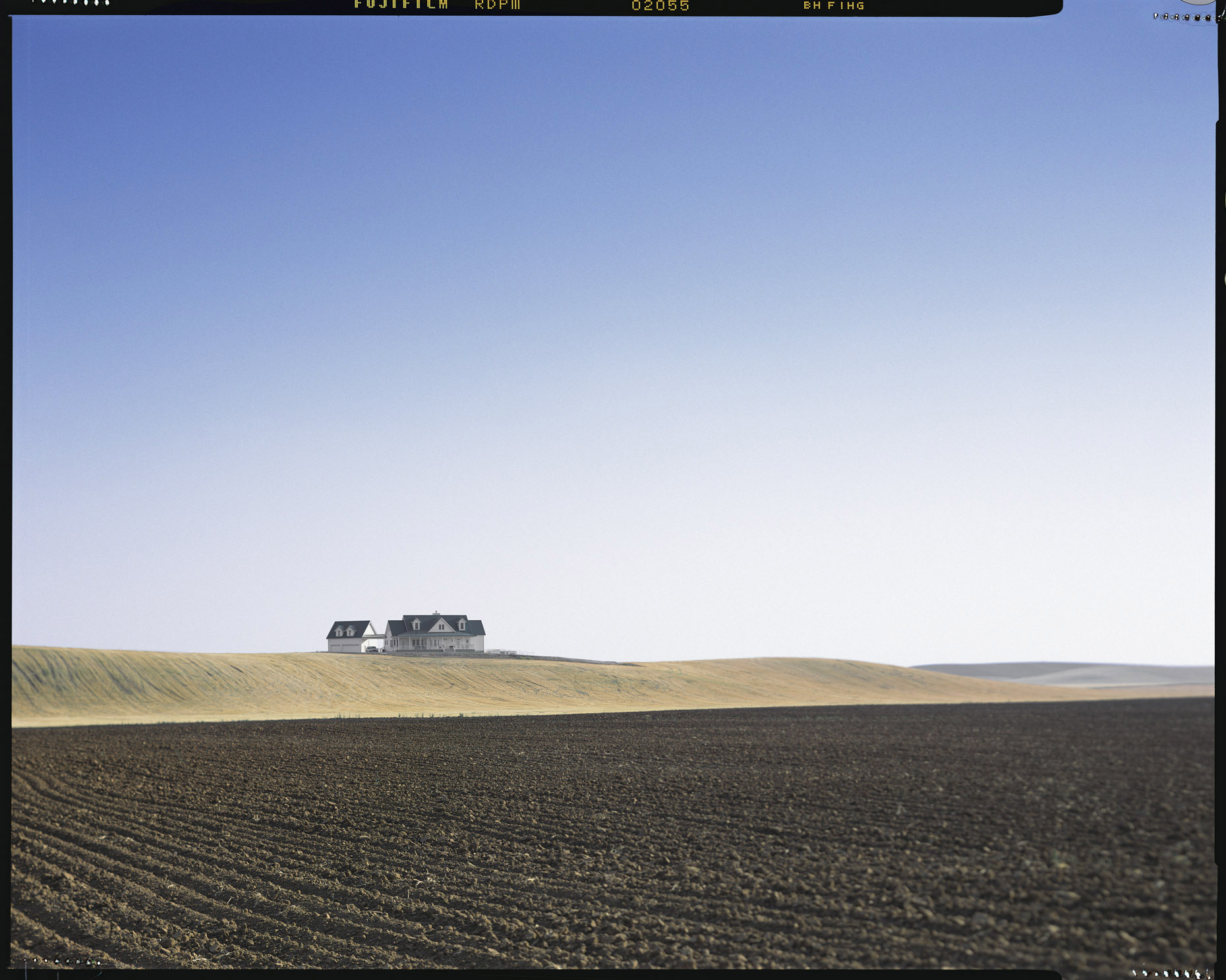 farm house landscape manip_1860pxl.jpg