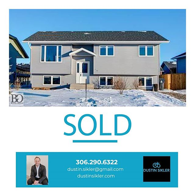 It was a pleasure helping you out Addison and Katrina!  Best of luck in Alberta.  #realestate #sold #buying #investing #selling #realestatelife #realestateinvesting #listings #yxerealestate #yxehomes #saskhouses #boyesgrouprealty #boyesgroup #dustinsiklerrealestate #buyingandselling #saskatoonhomes #saskrealestate