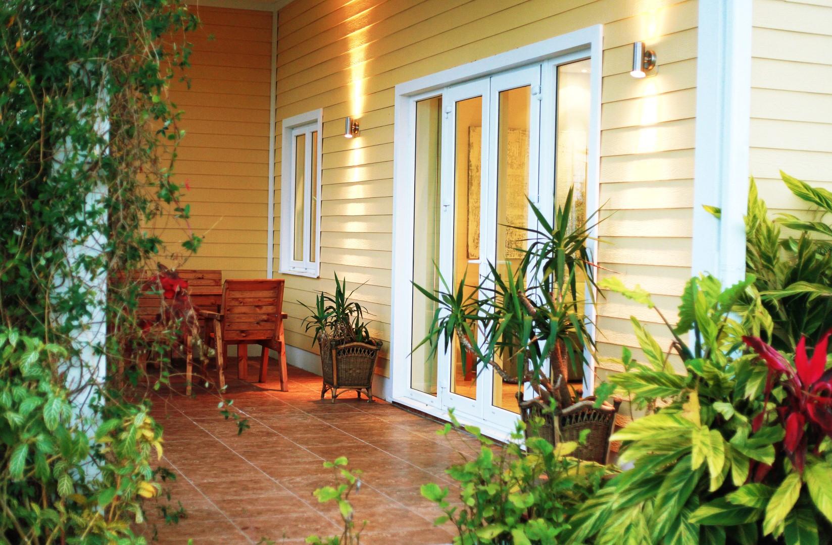 Welcome to Lucaya Gardens - Condominium ownership & short-term rentals