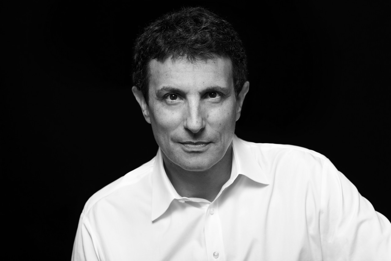 David-Remnick-photographed-by-Brigitte-Lacombe.jpg