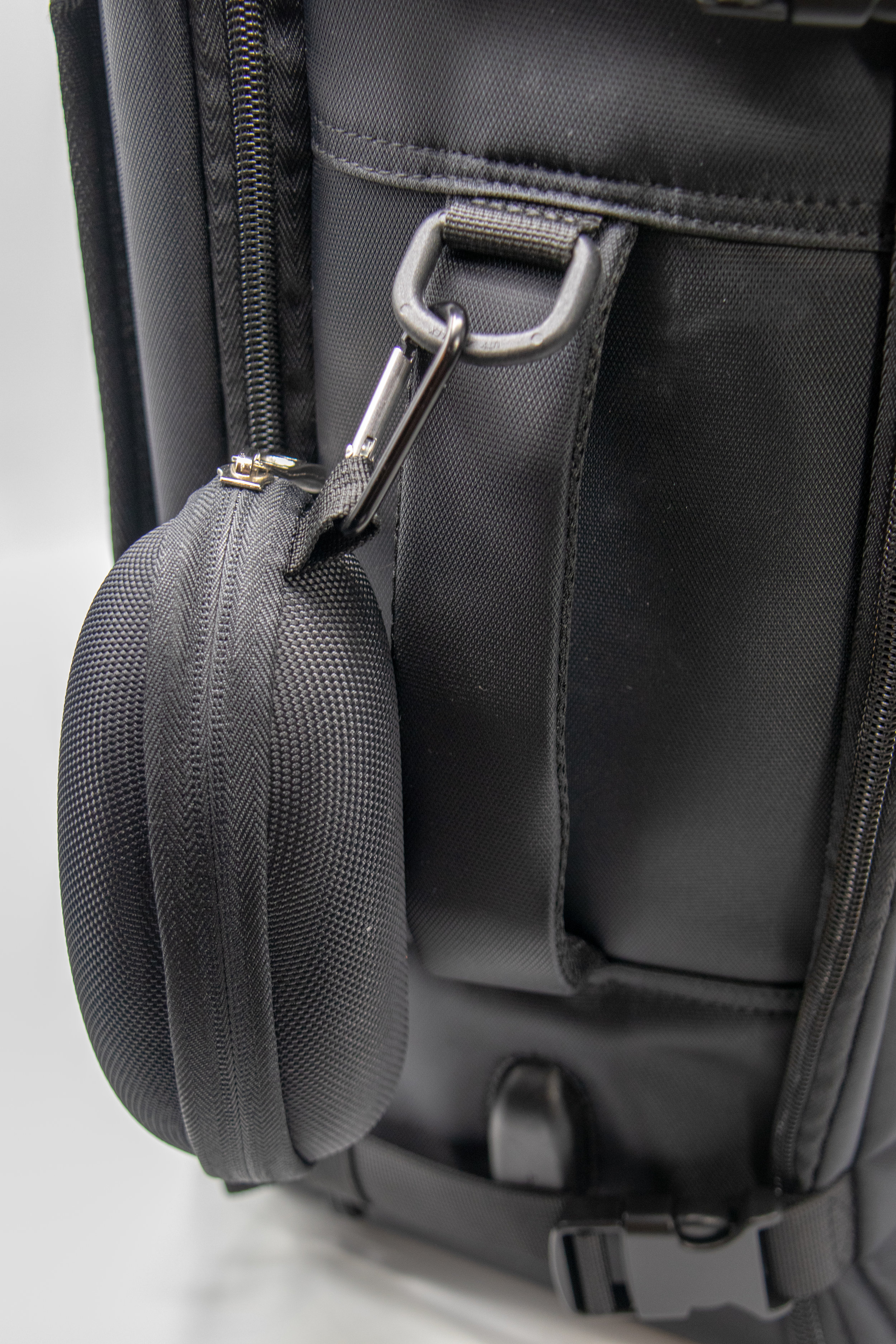 D Rings for Attaching Pouches -