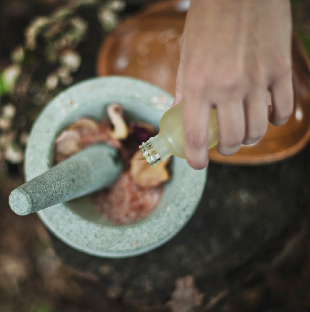 powerful essential oil blends -