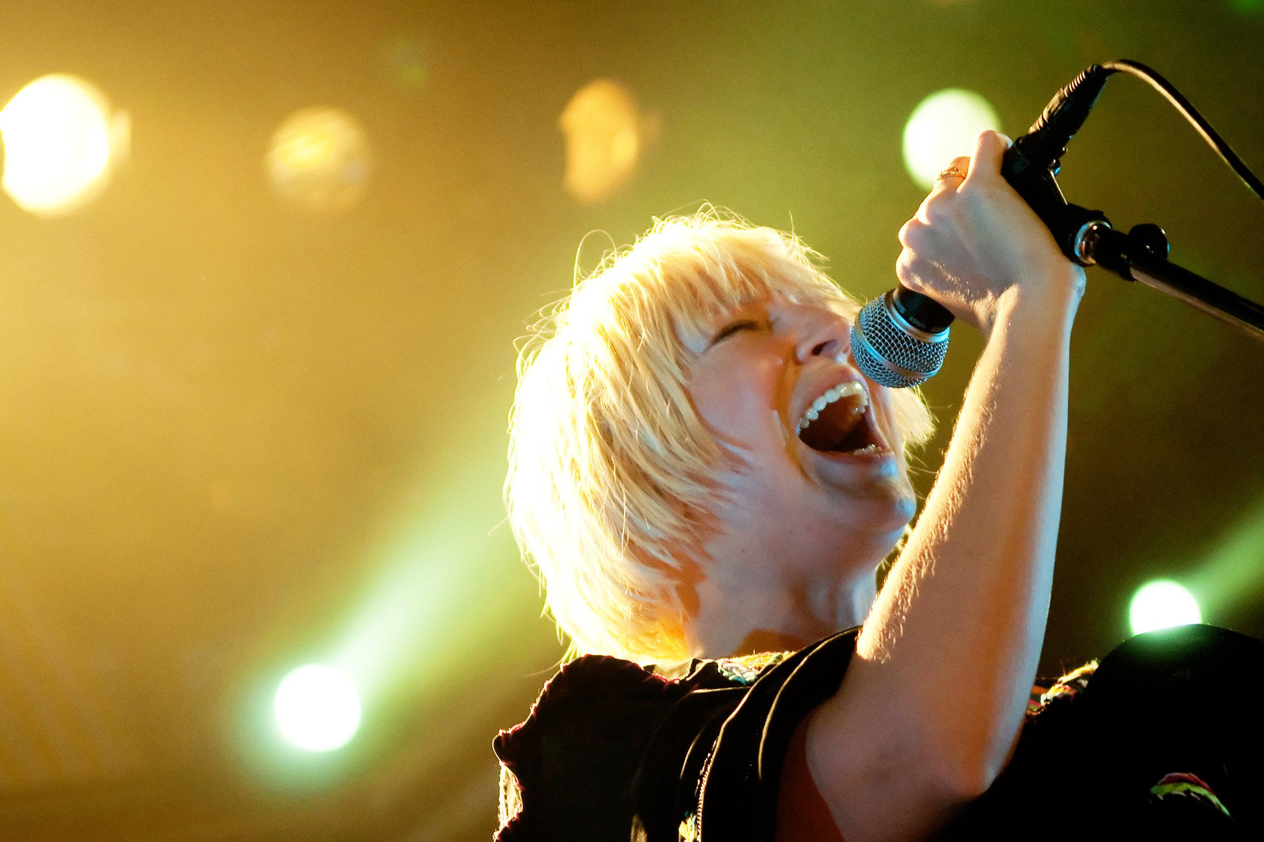 Sia, 2011