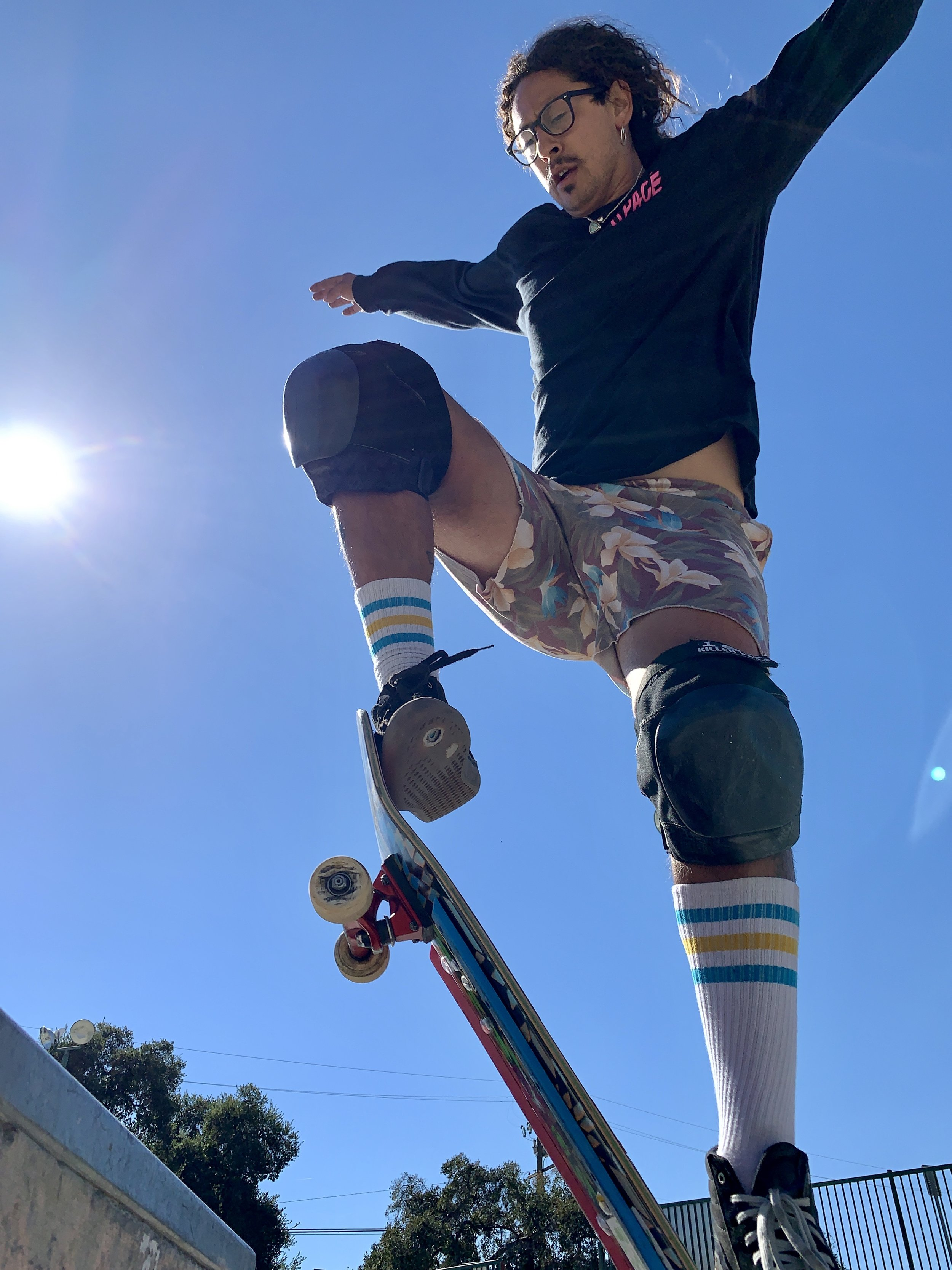 Hi! I'm Jason. - I'm the founder and co-owner of Southbay Sk8kids. Our school was established in 2015 with the mission to spread my love of skateboarding to the next generation! With over 300 students in our growing community nothing satisfies me more than passing on this lifelong skill. I look forward to meeting you!Book a session with Jason ➝