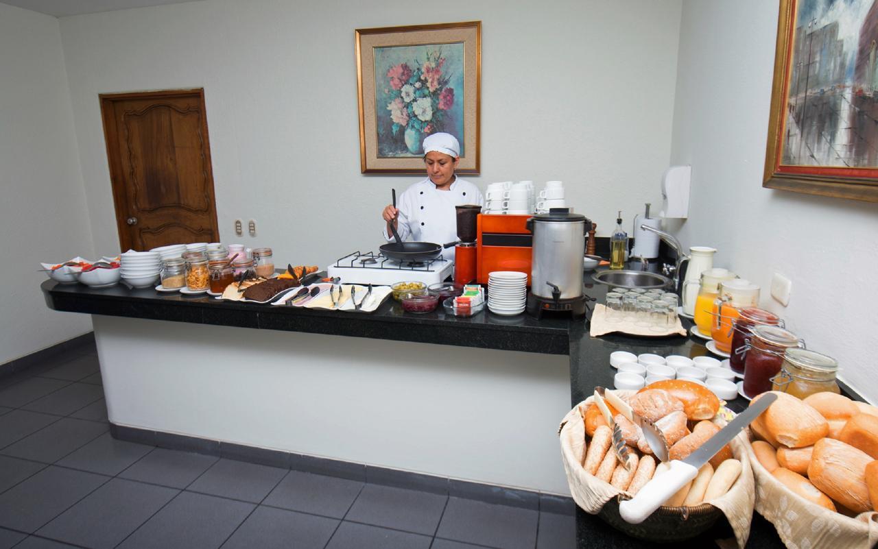 Hotel San Antonio Abad - Buffett Breakfast