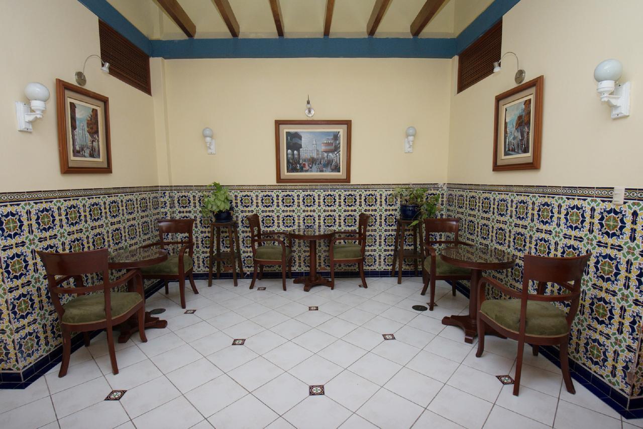 Hotel San Antonio Abad - Internal Patio