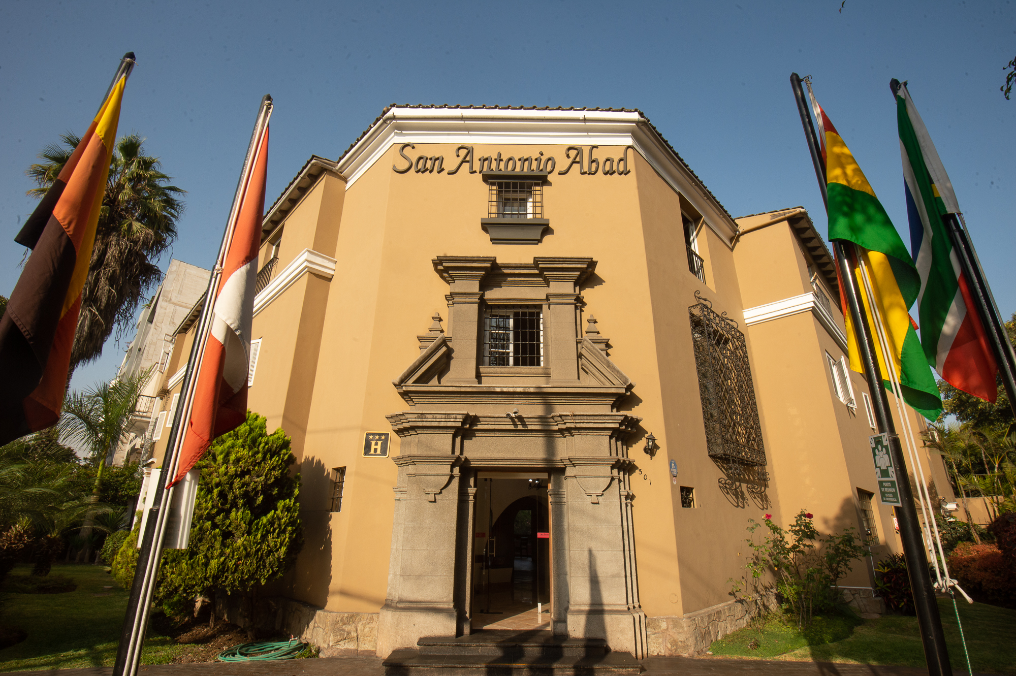 Hotel San Antonio Abad - Front View