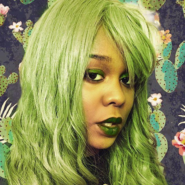 Cactus coolgurl🌵 • • • • • • #cactus #green #earth #weird #grunge #grungeaesthetic  #blackgirl #pastelgoth  #cyberpunk  #instacool #instapic #instadaily