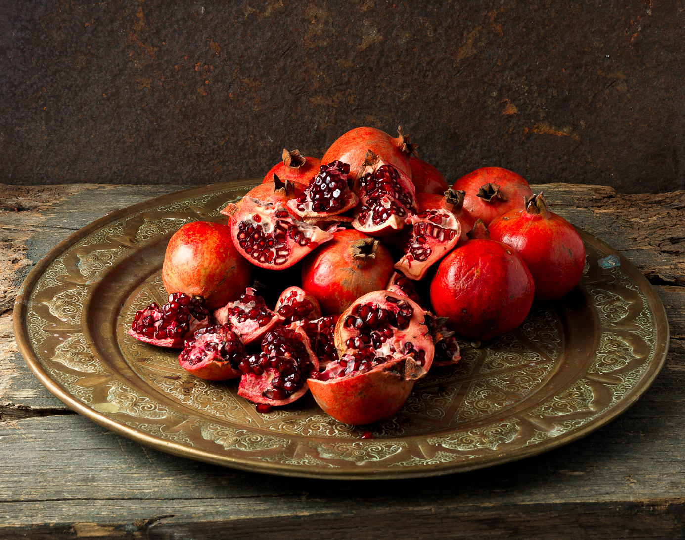 020a pomegranates copy.jpg