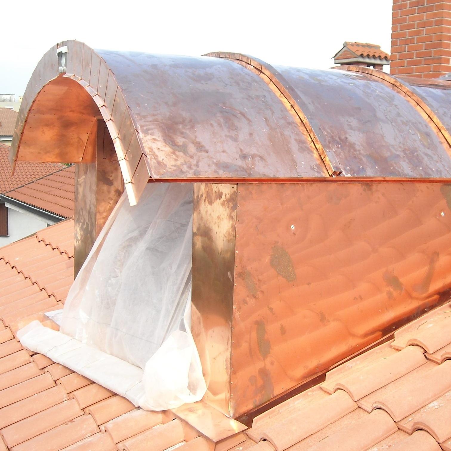MANUTENZIONE - Eseguiamo manutenzioni del tetto e della lattoneria in generale.