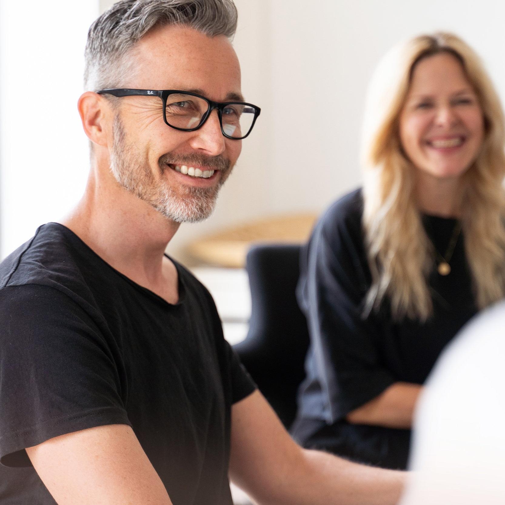 Rekruttering - Nye & Kloke Hoder har over 20 års erfaring med å finne flinke folk, og rekrutterer i dag til stillinger innen design, teknologi, kreative og kommersielle næringer.