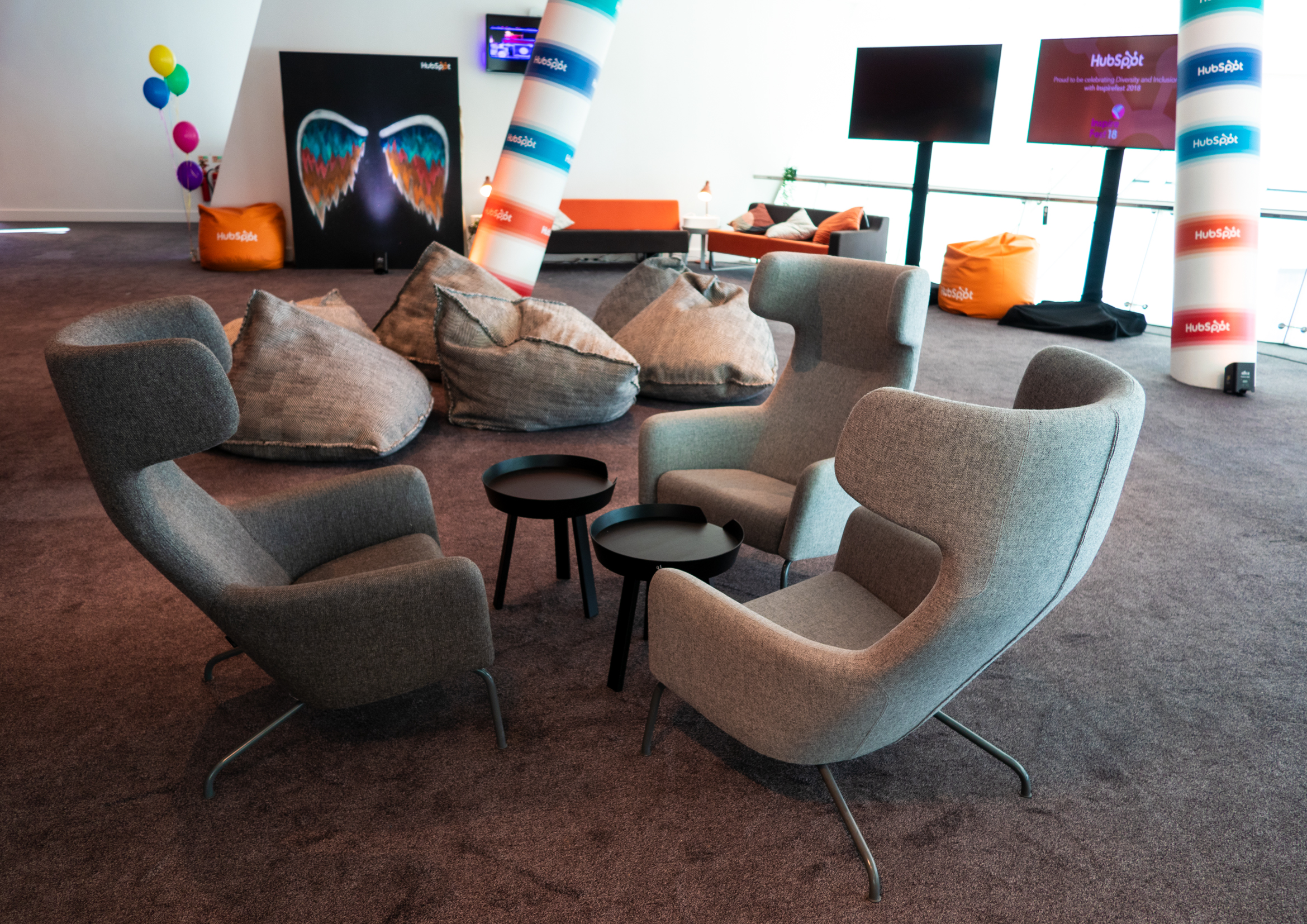 7-Lounge-1.jpg