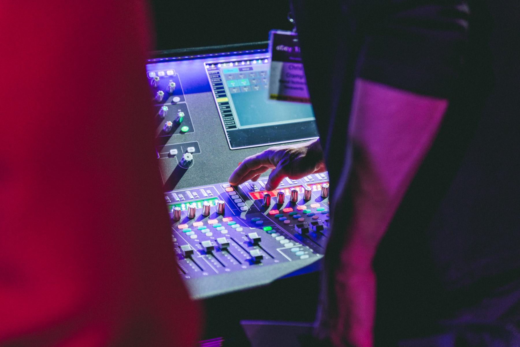 f1-sound-company-02.jpg
