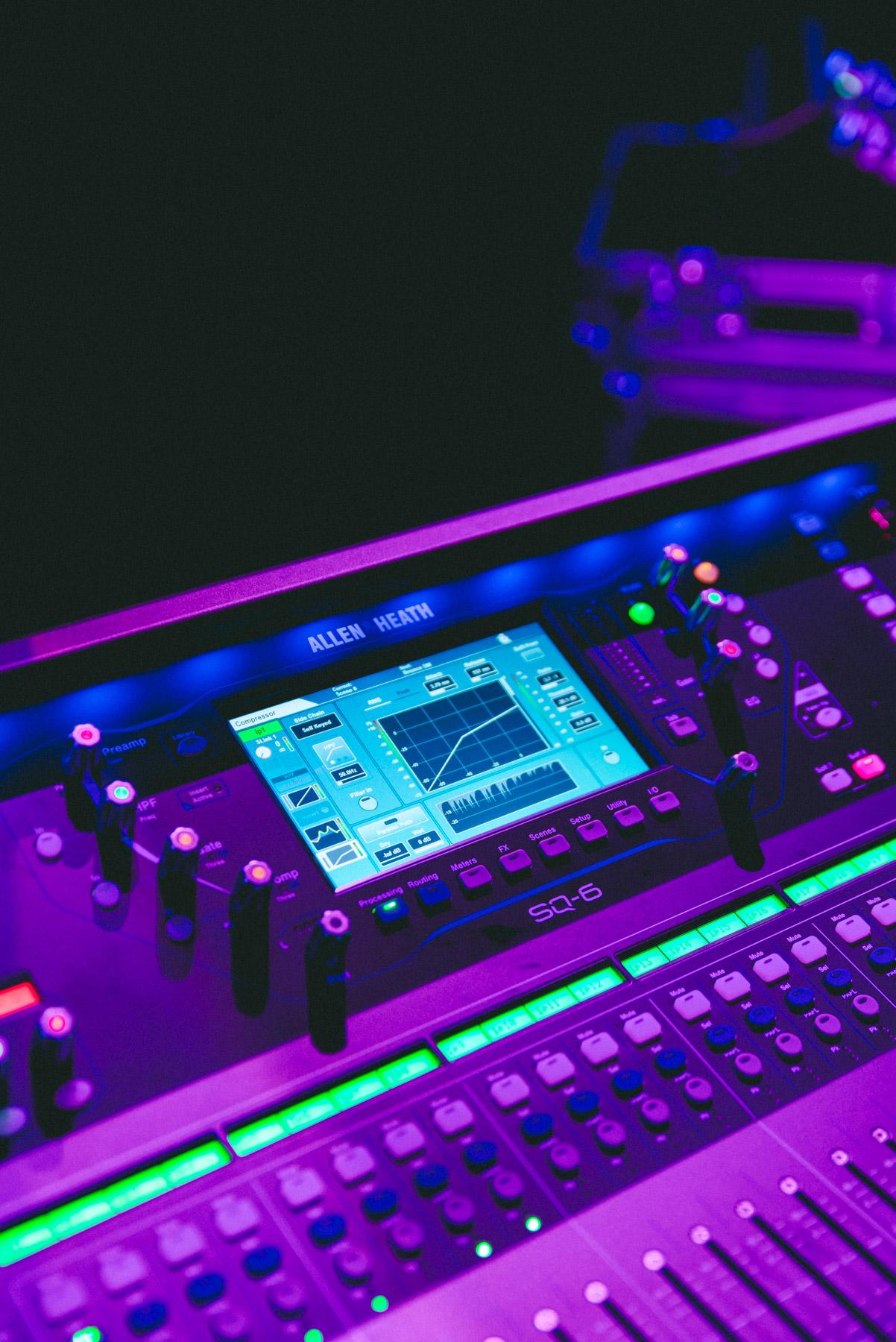 f1-sound-company-08.jpg