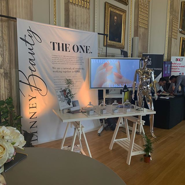 Last week Linney attended the Beauty Trends and Innovation Conference. 💄To find out more about our beauty creds, get in touch - link in bio! #futuretrends #agencylife #beauty #creative #creativeagency #graphicdesign #designstudio #innovation