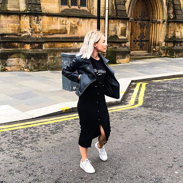 Look both ways but make it fashion (if in doubt wear all black and be done with it) 🚗 🖤 . . . . . . . . . . #platinumbob #fashion #blogger #silver #fblogger #bblogger #likeforlike #glasgow #bloggershare #scottishstyle #glasgowstyle #ukblogger #thatsdarling #scottishblogger #ukbloggers #isawiticons #isawitfirst #asos #glasgowbeauty #discoverunder5k #girlsofinstagram #scottishbloggers #beautyjunkie #discoverunder10k #liketkit #glasgowcity #discoverunder100k #fashiondaily #fashionbloggers #isawicons