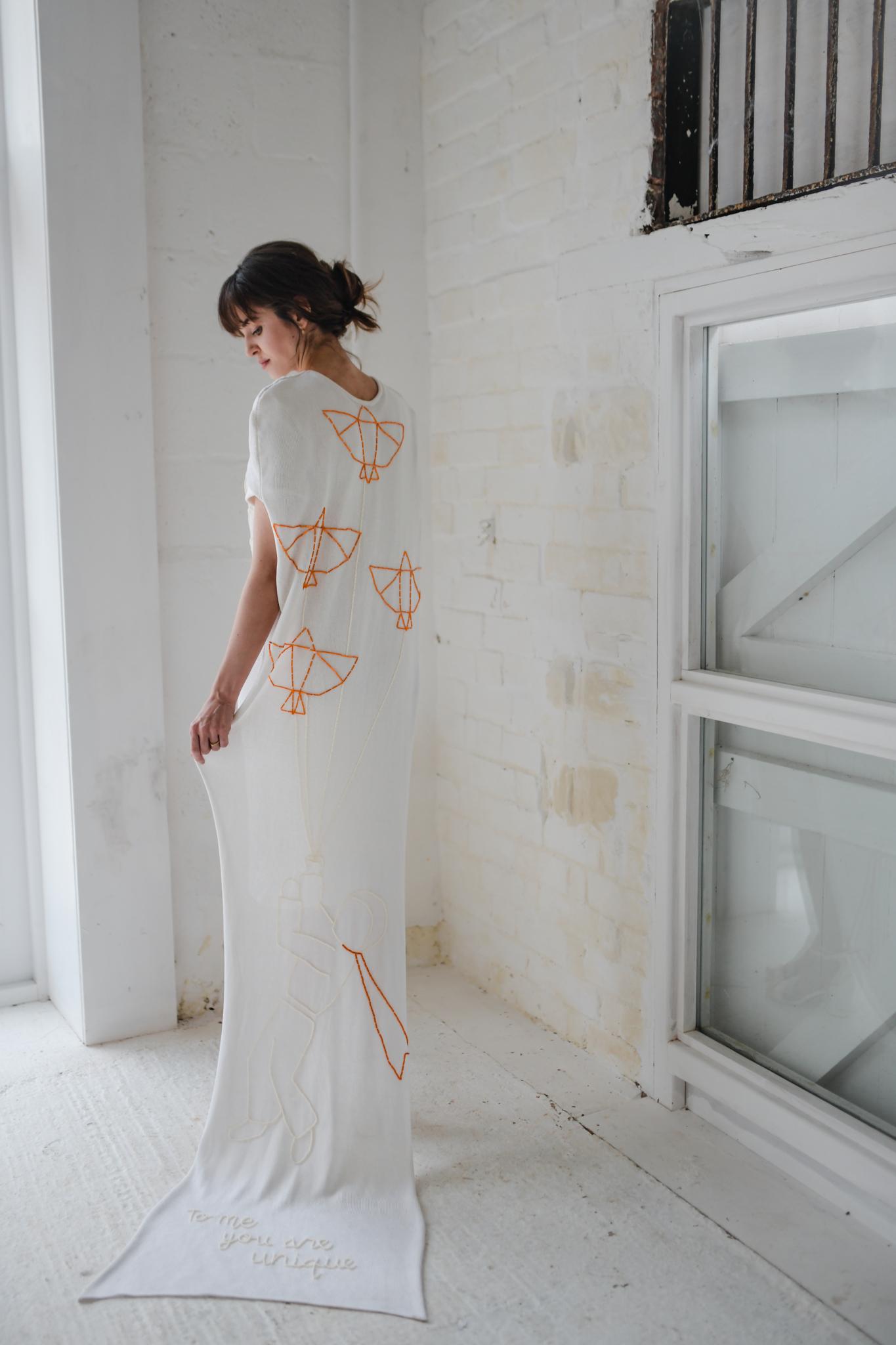 01.laura_martha_wedding_photography_minimalist_barton_3.109.jpg