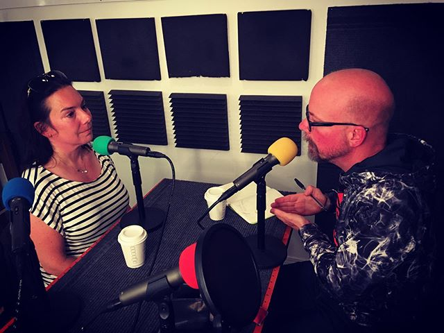 "This week on the Eager To Know podcast, produced weekly in Studio C, Lesley Ames is the guest, in a conversation that host @rickymceachernartist sums up as ""shocking your system to awaken your creative self + the importance of being an explorer in your own life."" Find it and subscribe on iTunes. #rickyartist #chicagoartist#applepodcasts #eager2know #eagertoknow#rickyartist #rickymceachernartist#podcastersofinstagram #stitcher #studiocchicago #studioc"