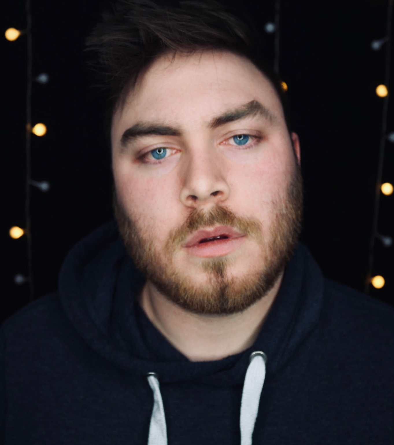 Wes Fowler's music is a blend of acoustic pop, folk and hip hop. His sound will remind you of the sweetness of Damien Rice and the melodic sensibility of Ed Sheeran. He began making a name for himself in Toronto's small club scene for his trademark vocal tone and well-crafted, rhythmically driven songs. -
