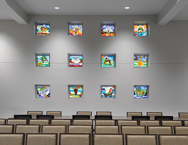 Congregation B'nai Torah - Stain Glass.jpg