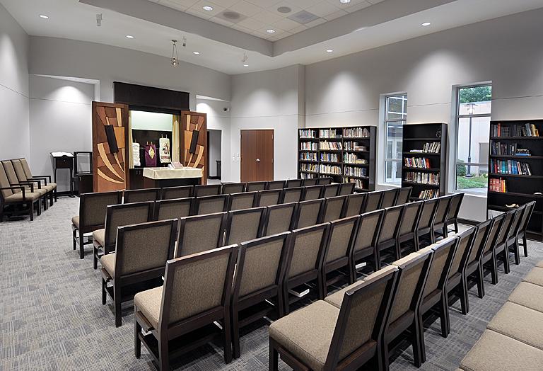 Congregation B'nai Torah - Chapel - Ark Open.jpg