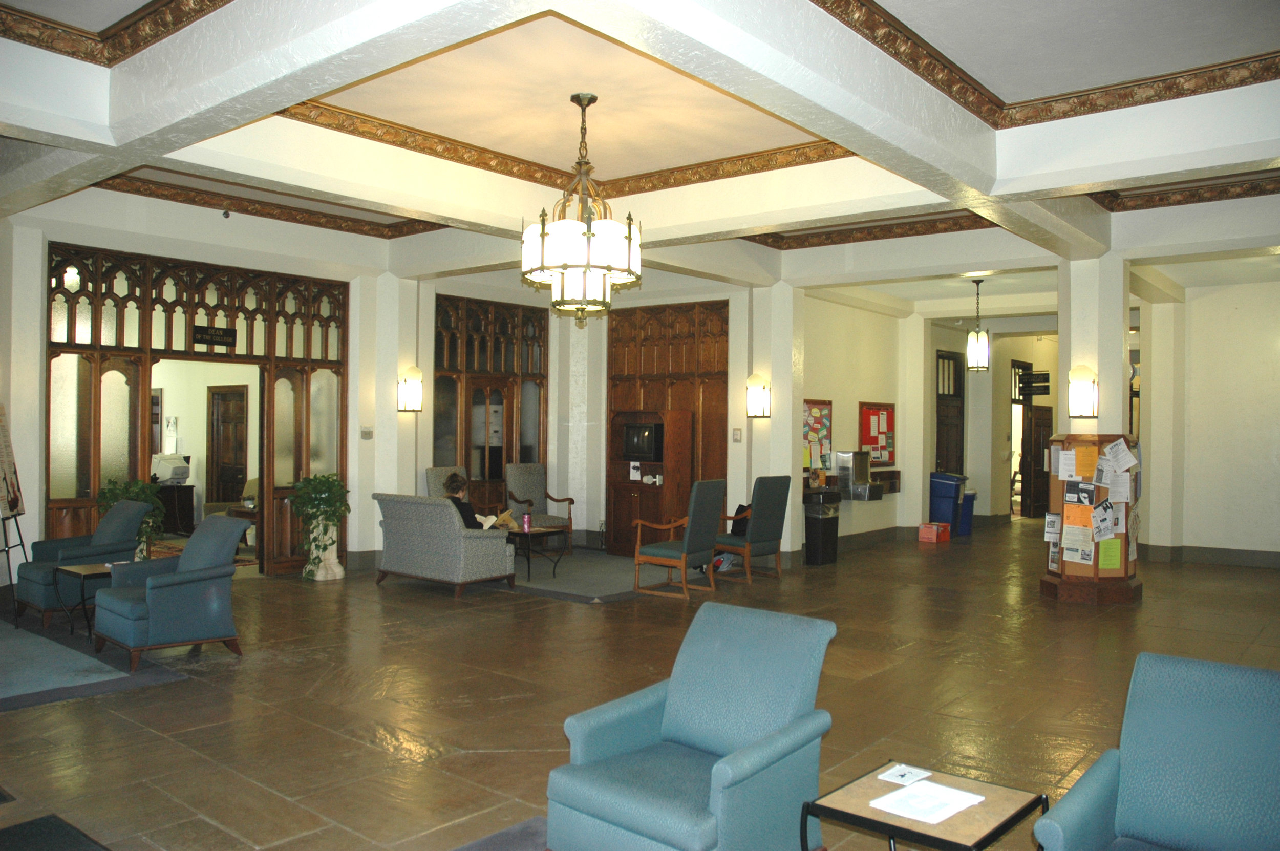 Buttrick Hall - Lobby Int 3.jpg