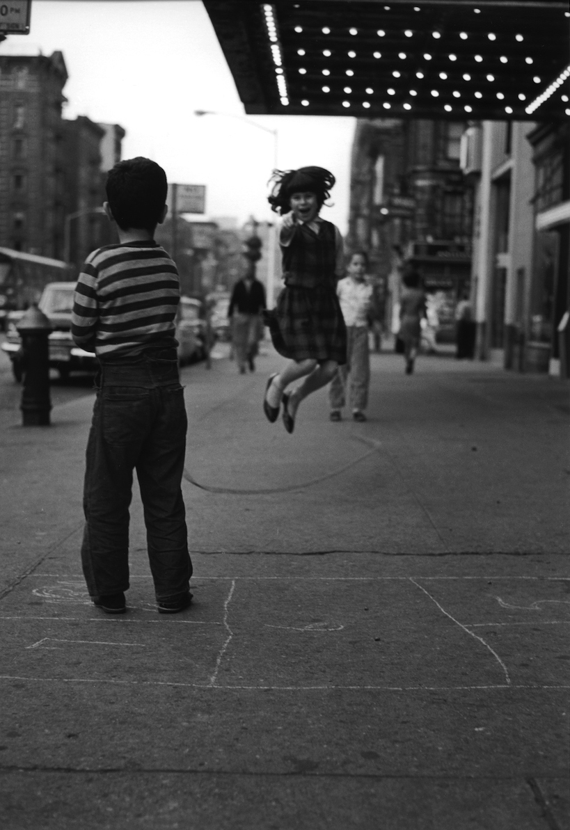 Untitled (girl jumping rope on 14th Street), 1961